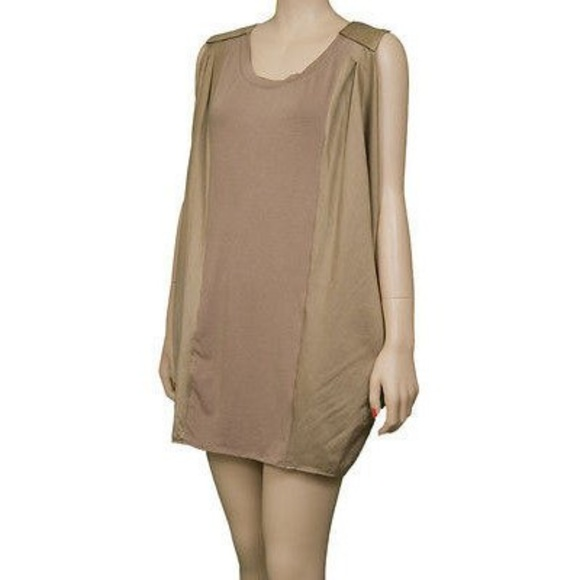 Season JS Tops - NWT Season JS Silk Blend Tunic Tank Size Medium